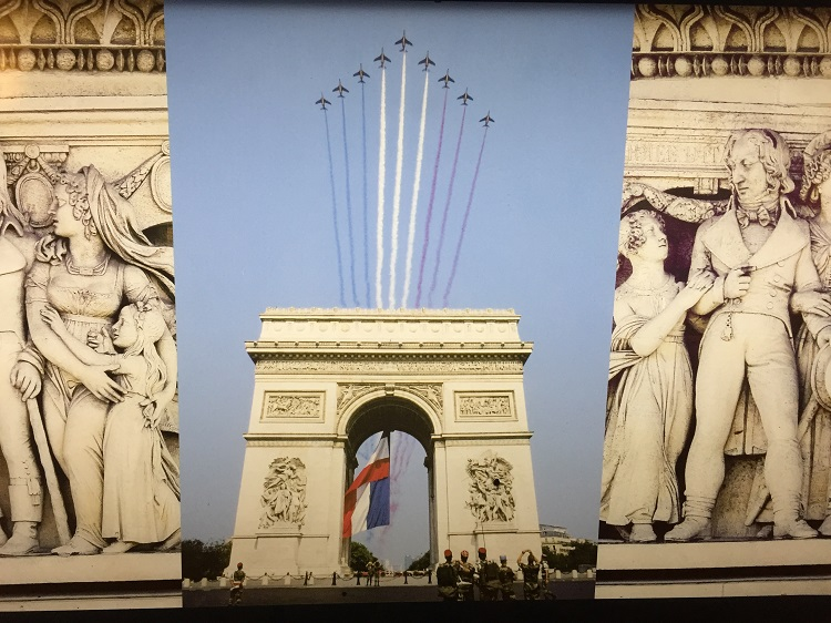 Arc de Triomphe - Wahrzeichen von Paris
